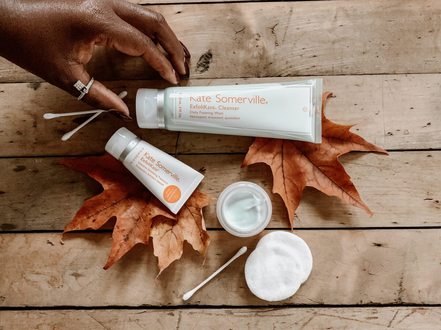 HOW TO MAINTAIN YOUR SKIN IN THE WINTER